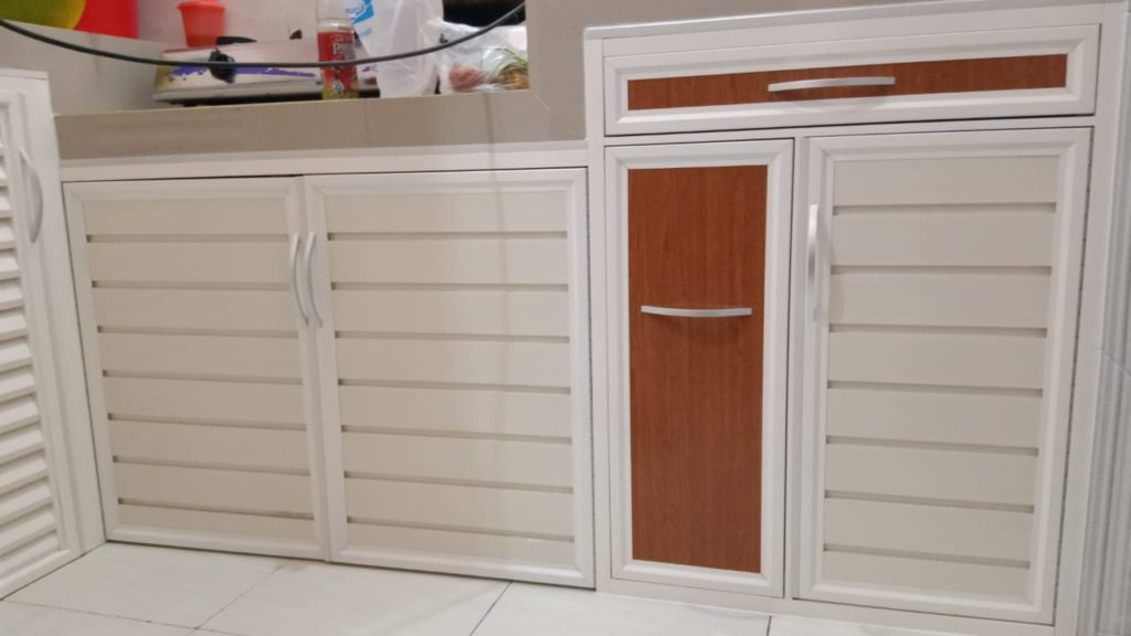 Jasa Pengerjaan Kitchen Set Surabaya Sion Construction