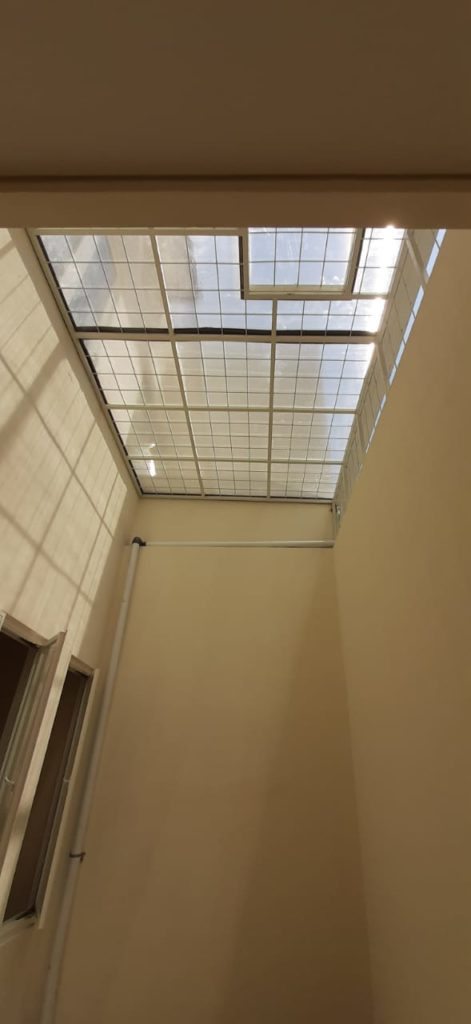 kanopi atap polycarbonat pengaman